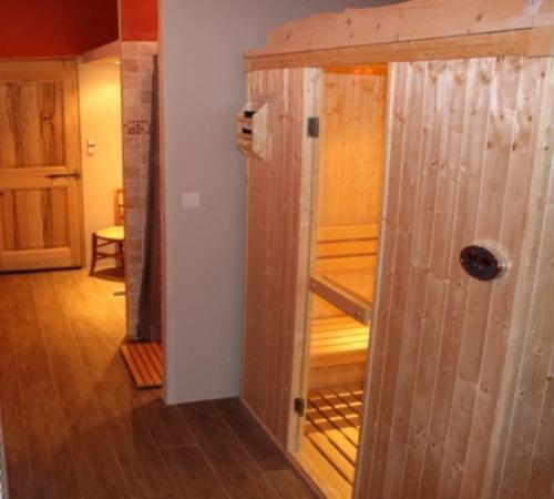 Traditional Sauna Cabin D3030